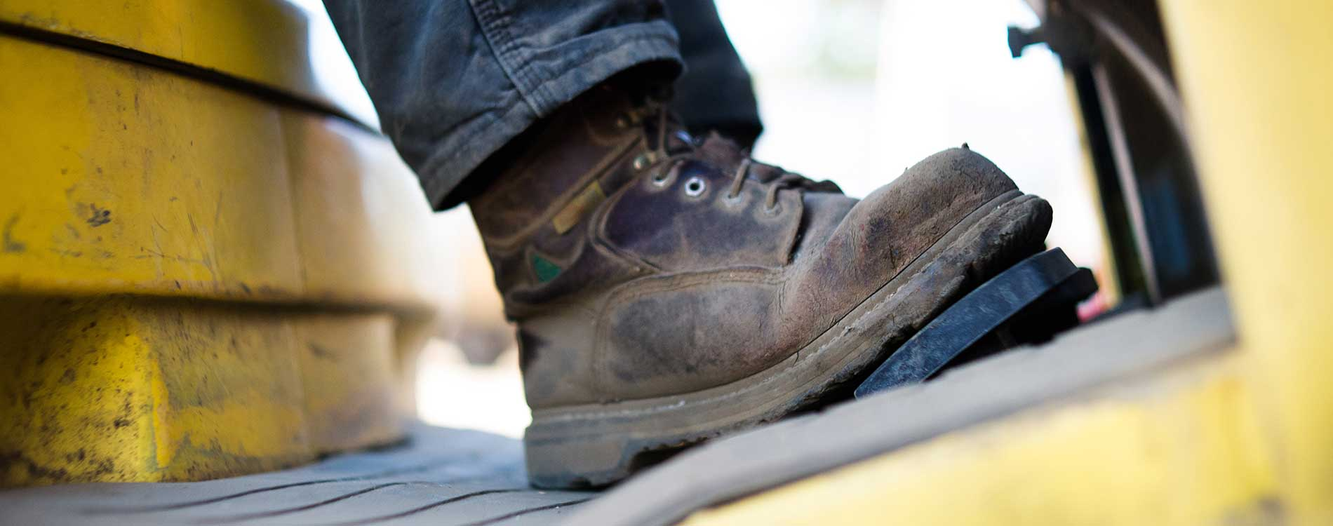 steel toed boot